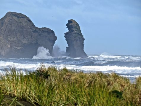 West coast beach - PIha with black sand - one hour drive